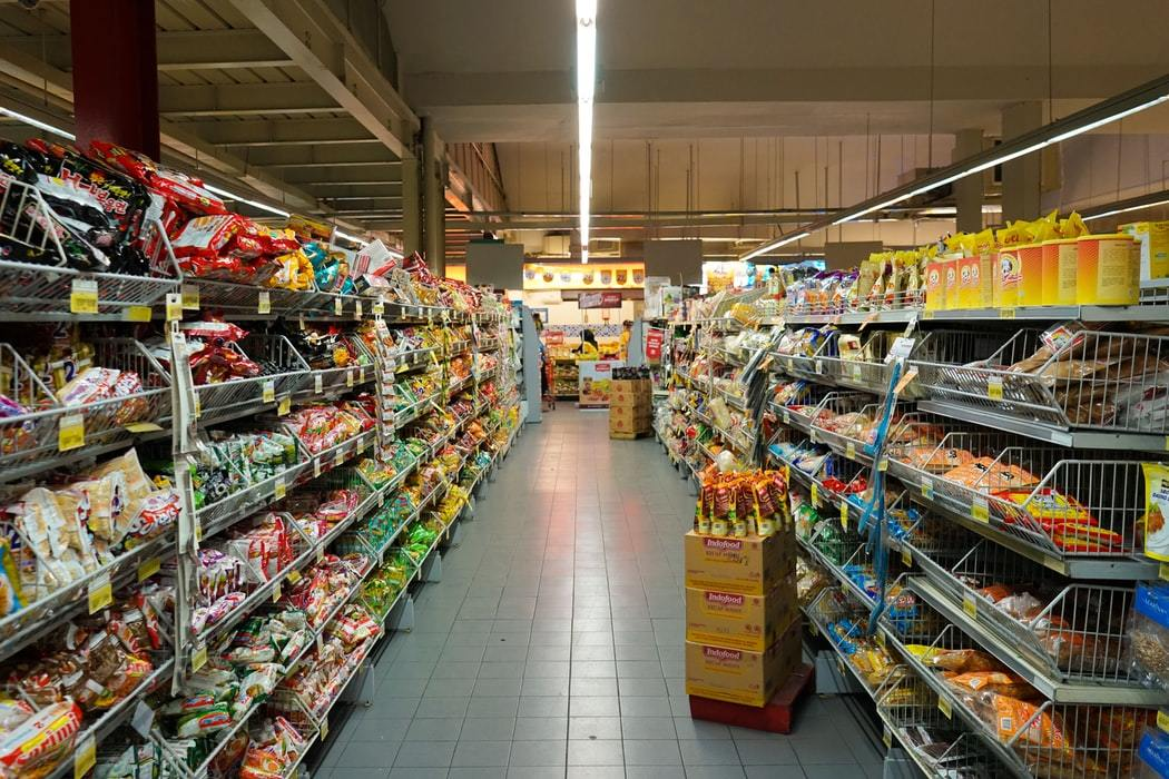 Retail Manager Ji Gallery 3