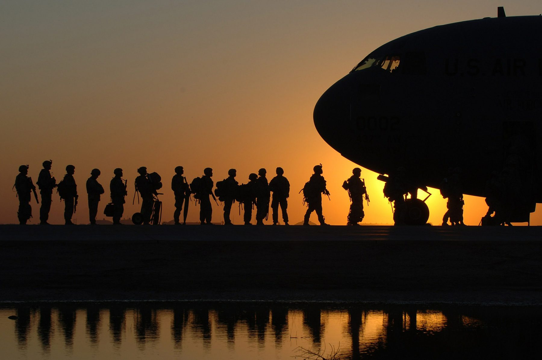 British Army (Sector Header: Infantry Boarding Aircraft)