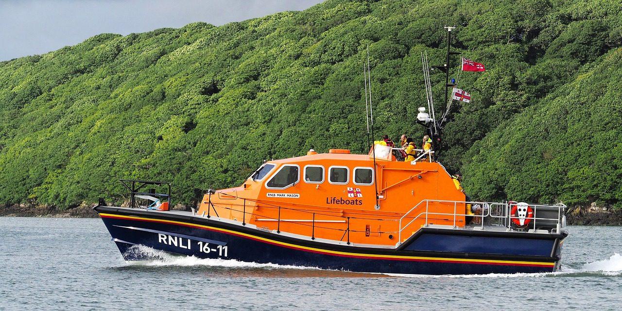 Lifeboat 3587534 1280